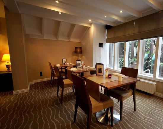 Gresham Belson Hotel: Bar & Lounge