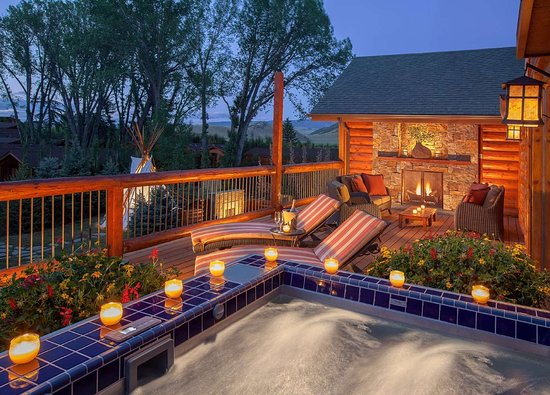 Rustic Inn Creekside Resort and Spa at Jackson Hole: Spa Suite Grand Balcony Deck