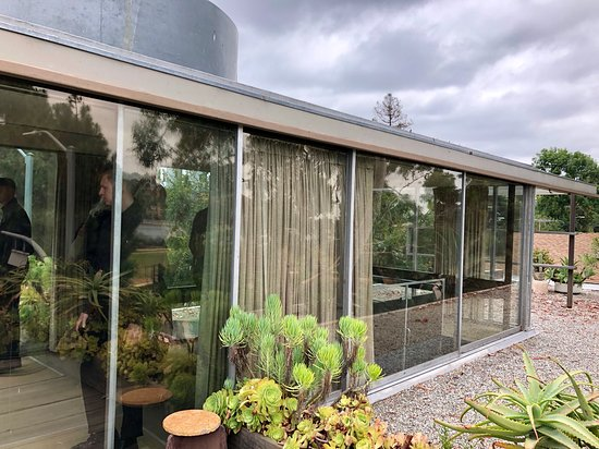 Neutra VDL House: View of the home from the third floor patio