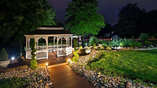 Best Western Plus Concordville Hotel: Gazebo