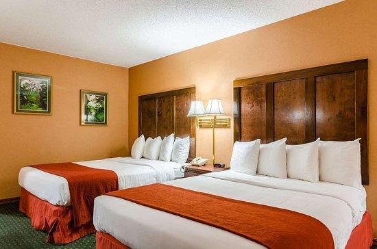 Quality Inn of Eureka Springs: Guest room