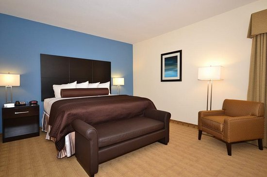 Lytle, TX: Two Room Suite