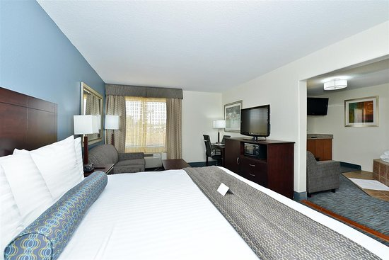 Vidor, TX: Suite with 1 King Bed
