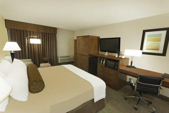 Schertz, TX: King Guest Room