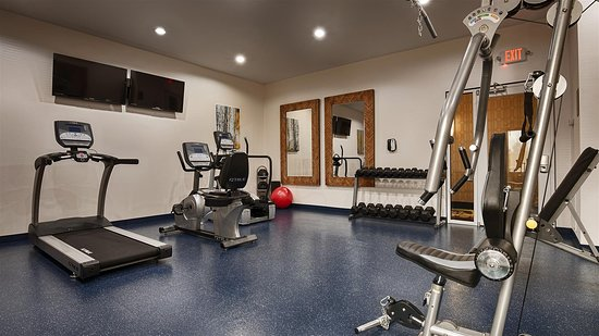Best Western Premier Ashton Suites-Willowbrook: Fitness Center
