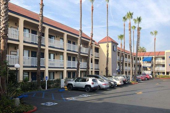 Lomita, Californie : Hotel exterior
