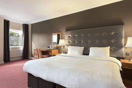 Days Hotel by Wyndham Coventry: 1 Double Bed Executive Room