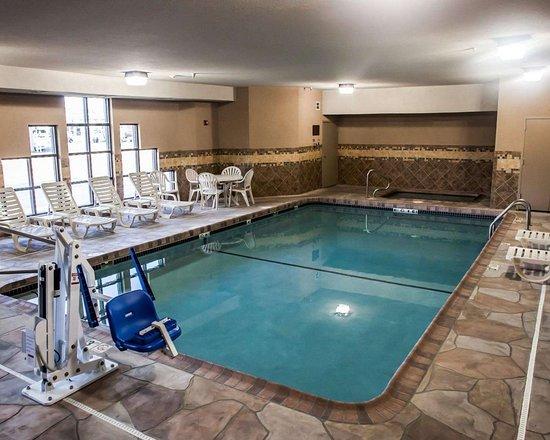 Sleep Inn & Suites I-70 & Wanamaker: Indoor pool with hot tub