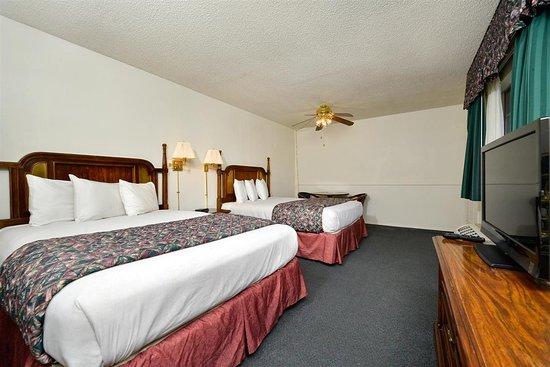 Americas Best Value Inn & Suites - Lancaster: Guest Room