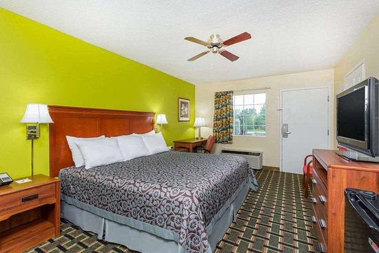 Trenton, GA: Guest room