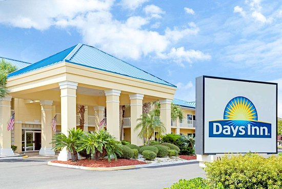 Days Inn by Wyndham Kingsland GA