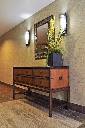 Best Western Plus Layton Park Hotel: Hotel General Area