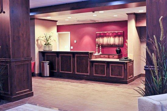 Best Western Plus Layton Park Hotel: Hotel Front Desk