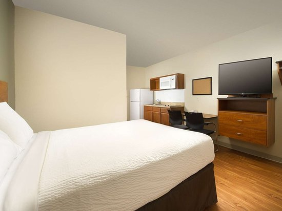 WoodSpring Suites Wilkes-Barre: WoodSpring Suites Single GENERIC x