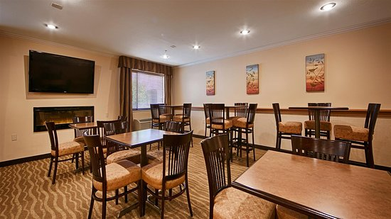 Best Western Tumwater-Olympia Inn: Breakfast Area