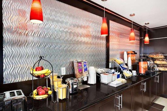 Days Inn & Suites by Wyndham Conroe: Property amenity