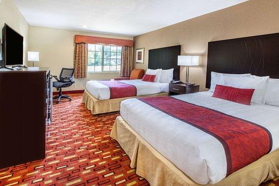 Days Inn by Wyndham Arlington: 2 Double Bed Room
