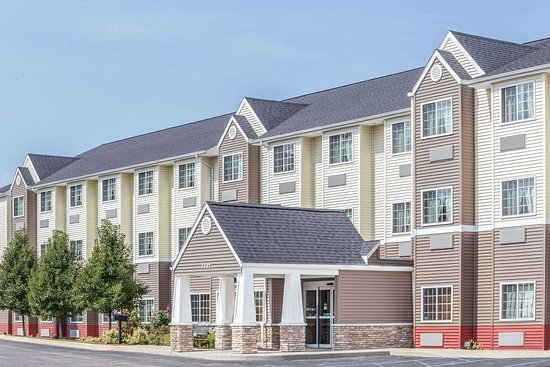 Microtel Inn & Suites by Wyndham Kalamazoo