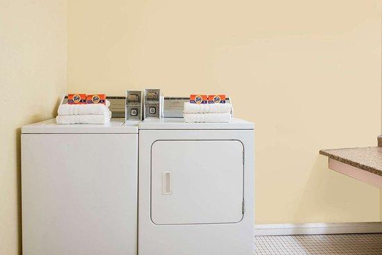 Eastland, TX: Guest Laundry