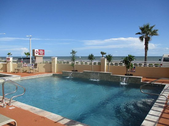 Best Western Plus Galveston Suites Hotel