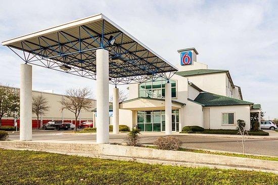 Motel 6 San Antonio Seaworld North Prices Amp Hotel
