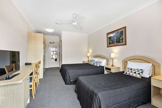 Comfort Inn Centrepoint: Spacious guest room