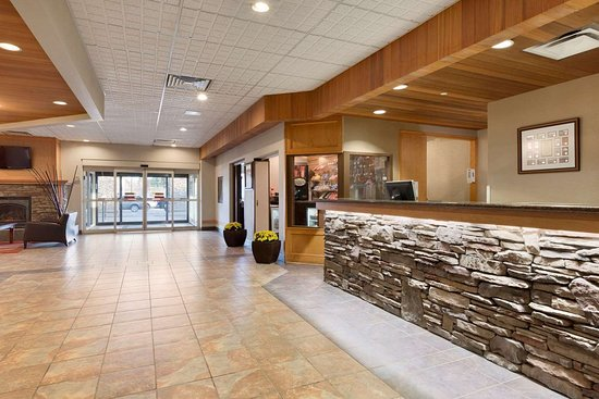 Days Hotel & Suites - Lloydminster