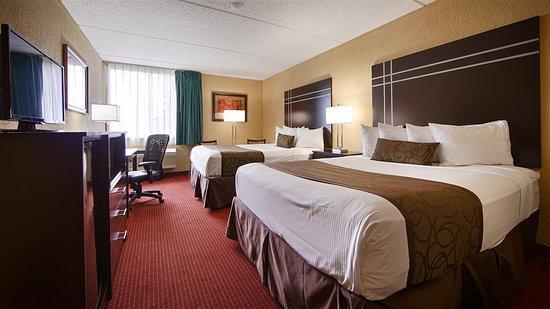 Best Western Waukesha Grand: Guest Room