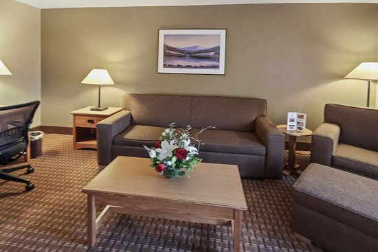 Best Western Plus GranTree Inn: King Suite