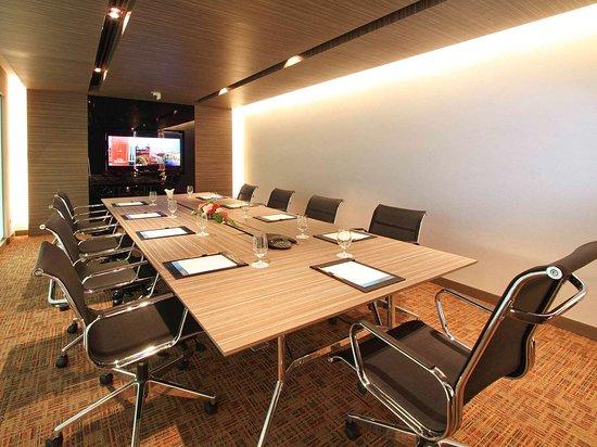 Novotel Bangkok IMPACT: Meeting room
