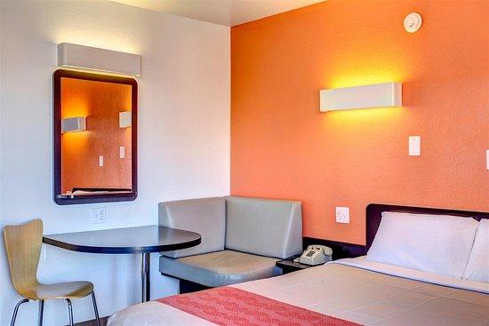 Motel 6 Murfreesboro: Guest Room