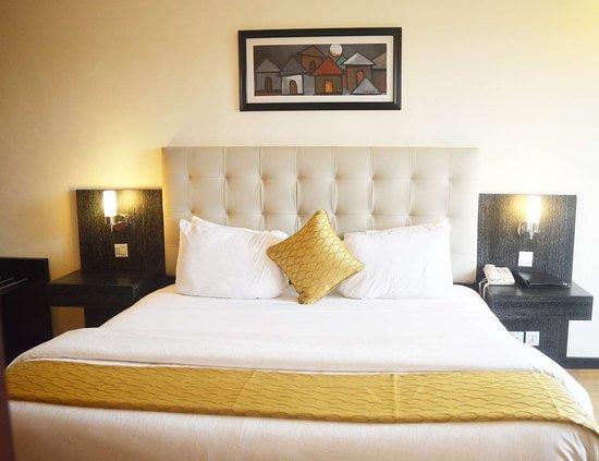 Best Western Premier Accra Airport Hotel: Premier King Bed Guest Room