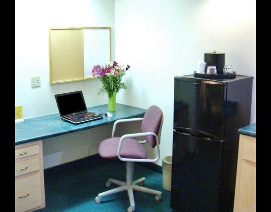 Bluffton, IN: Business Center