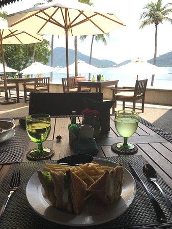 Pangkor Laut Resort: Lunch at Royal Bay Beach Club