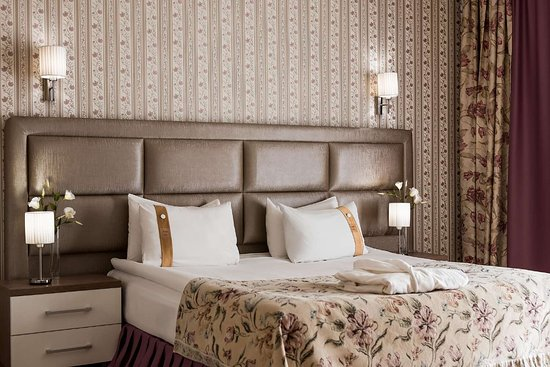 Best Western Plus Flowers Hotel: Double Guest Room