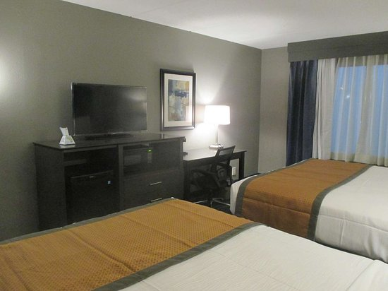 Best Western Plus Bowling Green: Two Queen Beds