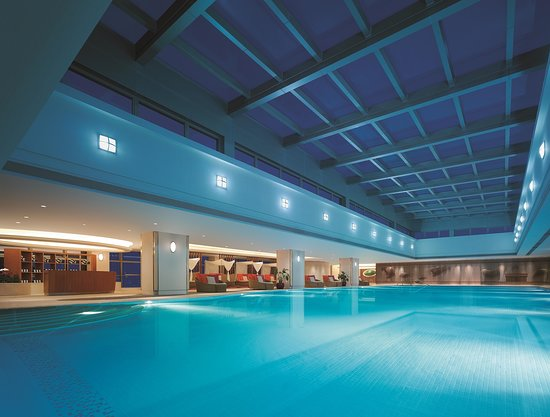 Shangri-La Hotel Guangzhou: Indoor Swimming Pool