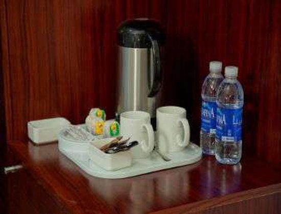Days Hotel by Wyndham Olaya Riyadh: Guest room amenities