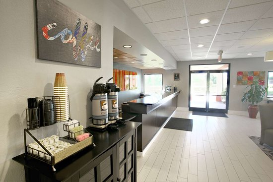 Best Western Hotel & Conference Center Johnson City: Coffee Station