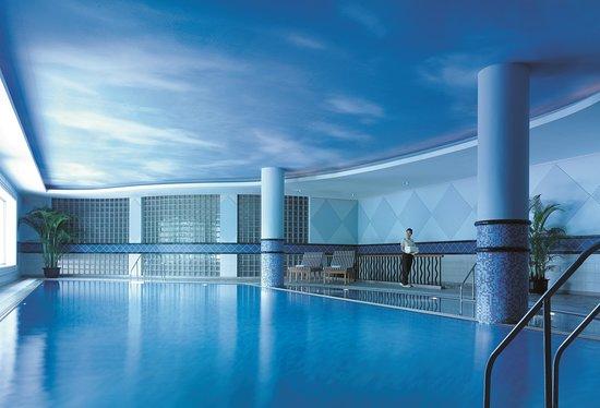 Shangri La Hotel Hangzhou: Indoor Swimming Pool