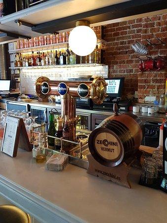 Lamucca De Almagro, great bar.