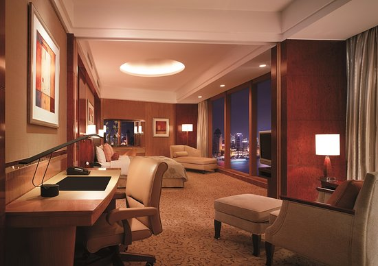 Pudong Shangri-La, East Shanghai: Grand Premier Bund View Room, Grand Tower