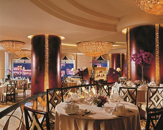 Pudong Shangri-La, East Shanghai: Fook Lam Moon - Chinese Restaurant, main dining room