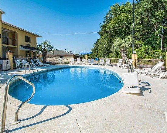 Evergreen, AL: Outdoor pool