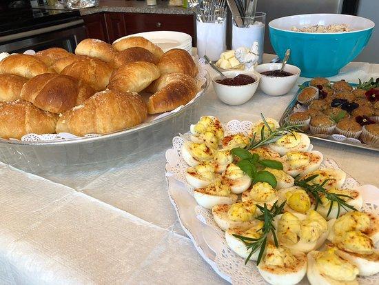 Summerland Estate B&B: Breakfast