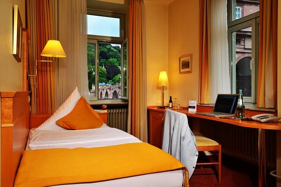 Hotel Hollaender Hof: Guest Room