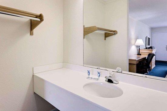 Turbeville, Carolina del Sur: Guest room bath