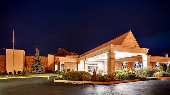 Best Western St. Catharines Hotel & Conference Centre: Exterior