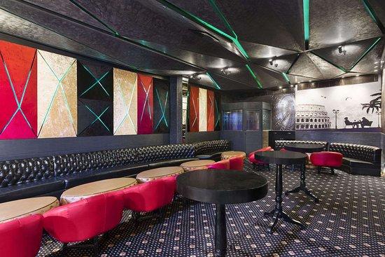 Days Hotel by Wyndham Panipat: Ruby Lounge