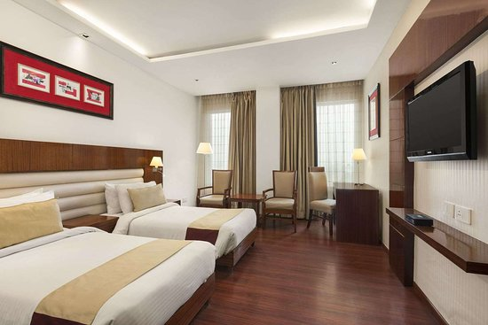 Days Hotel by Wyndham Panipat: 2 Twin Bed Superior Room